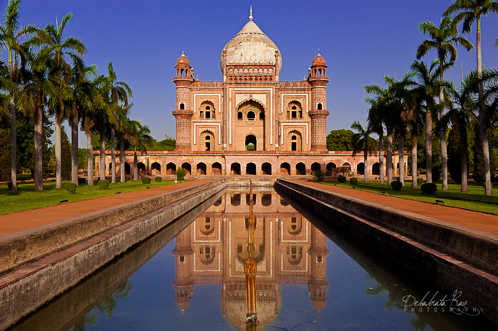 Pre-wedding photoshoot locations - Safdarjung Tomb