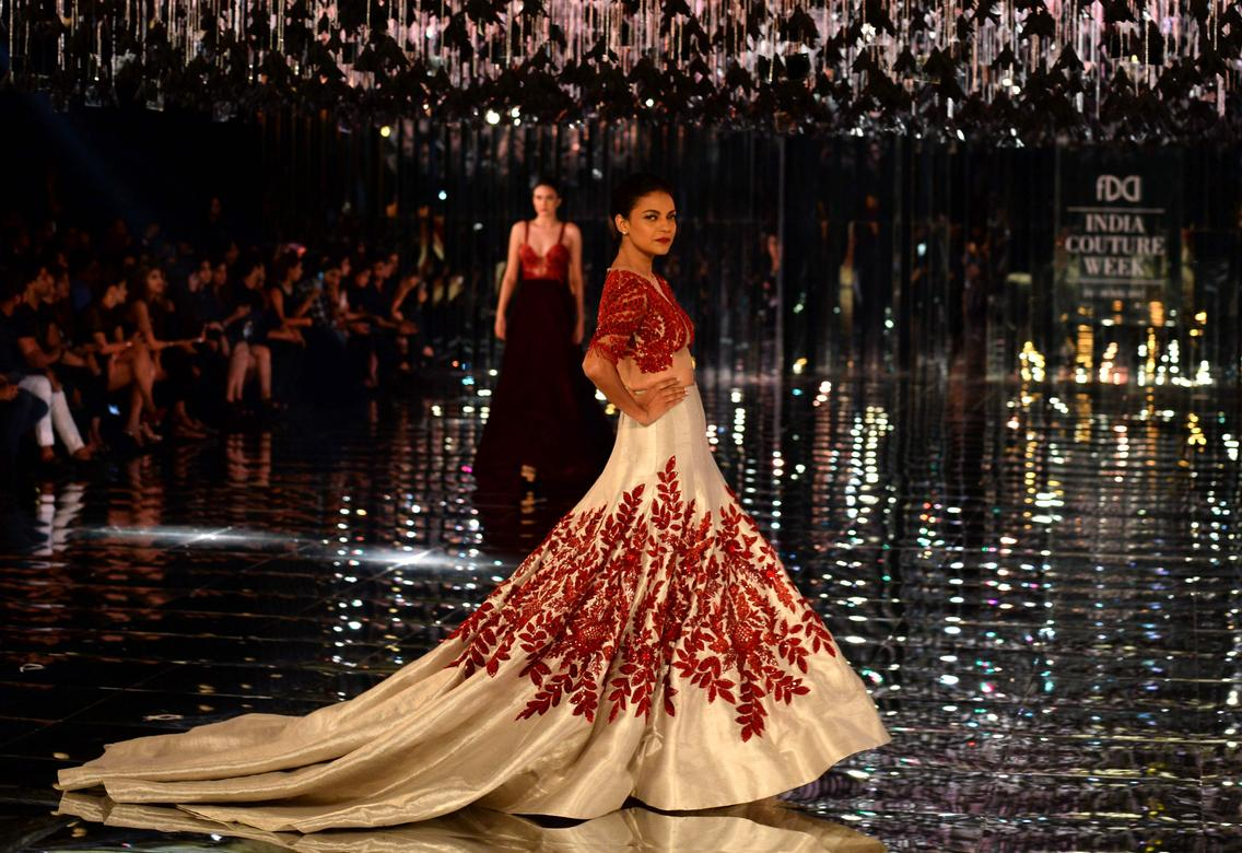 How To Be The Queen In Manish Malhotra S Latest Bridal